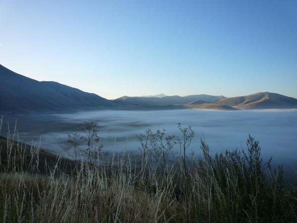 Le plateau de Castelluccio tôt le matin