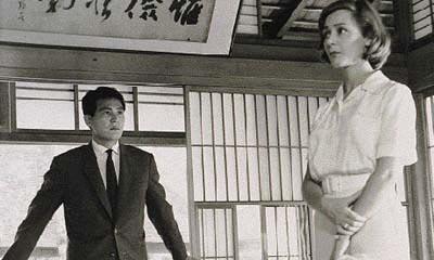 Emmanuelle Riva et Eiji Okada dans Hiroshima mon amour (Alain Resnais, dir. ; Marguerite Duras, scénario. 1959)
