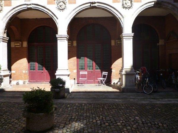Toulouse, hôtel Thomas de Montval, rue Croix-Baragnon, samedi 31 juillet 2010