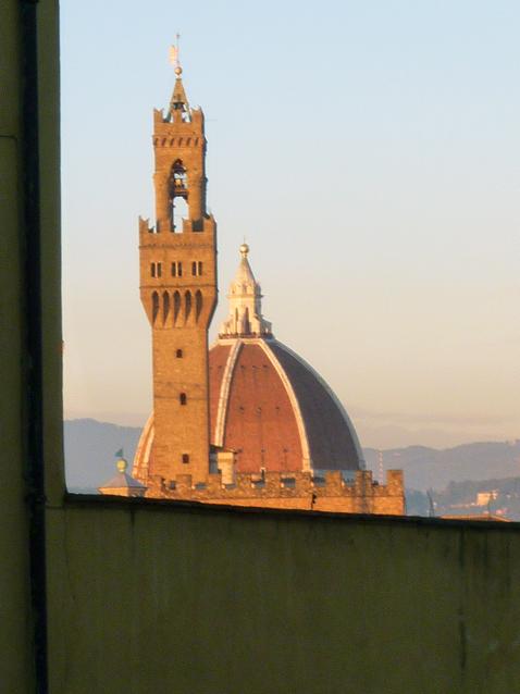 Florence (Toscane, Italie). La cathédrale Santa Maria del Fiore vue depuis la costa San Giorgio, 28 décembre 2010