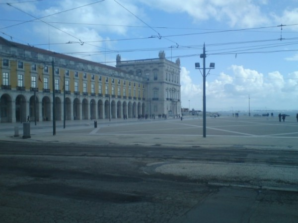 Lisboa, praça do Comercio, 12 mars 2010