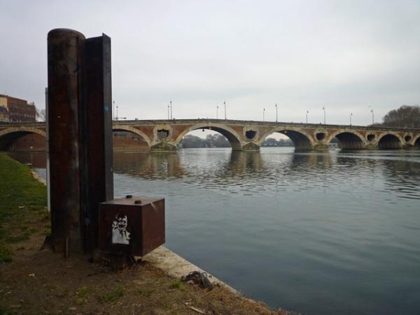 Toulouse, le Pont neuf, depuis les berges de la Garonne rive droite, 25 février 2012
