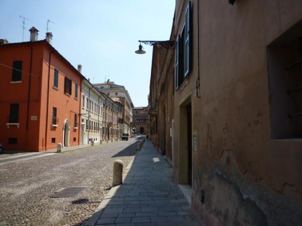 Ferrare (Émilie-Romagne, Italie), Corso Ercole I d'Este, 9 juillet 2010