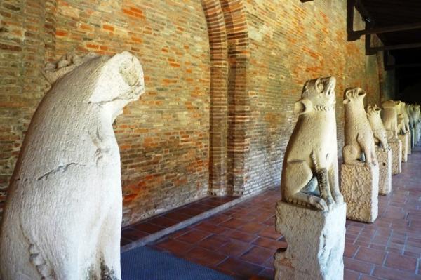 Toulouse, musée des Augustins. Gargouilles provenant de l'église de l'ancien couvent des Cordeliers