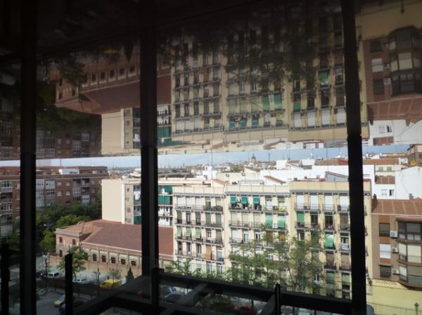 Dans le musée Reina Sofía, Madrid (Espagne). Bâtiment Jean Nouvel, 23 août 2012