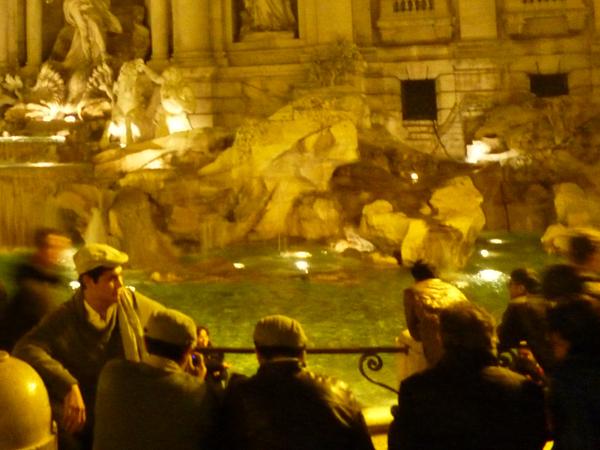 Rome (Italie), fontana di Trevi, 24 décembre 2012