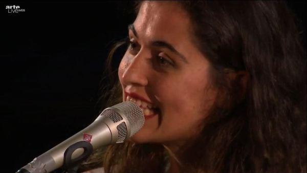 Sílvia Pérez Cruz au Festival Les Suds, Arles, 10 juillet 2013. Extrait de la vidéo Arte Live Web