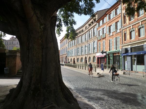 Toulouse (France), rue Riguepels = carrièra Tira Pel, dimanche 13 octobre 2013