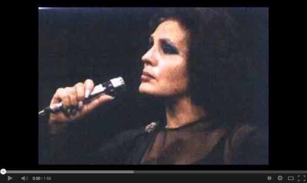 Amália Rodrigues (1920-1999). Canção (Nunca ninguém viu ninguém)