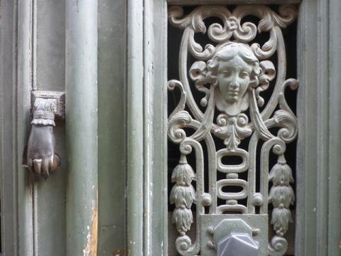Détail d'une porte, Toulouse (France), 29 mars 2014